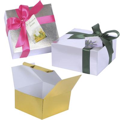 Картонна коробка, стрічка, бірка